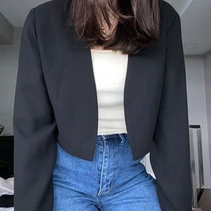 Vintage crop black blazer